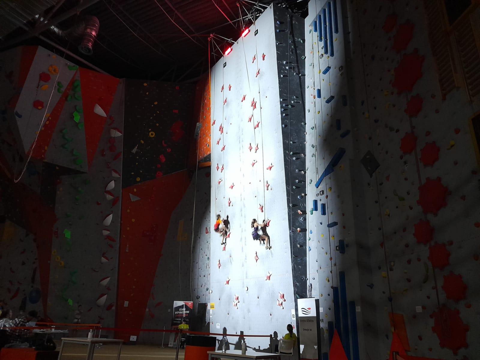 Wspinaczka na czas w Chwyciarni Arena Gliwice
